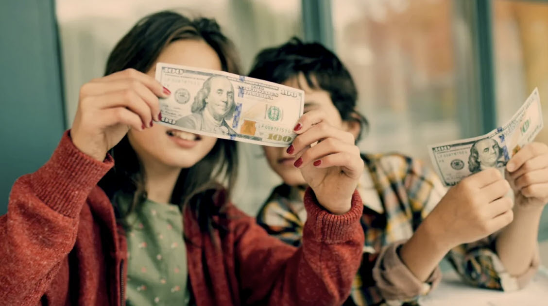 Зачем учить детей финансовой грамотности